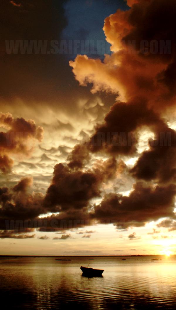 Mammatus cloud in Labuan