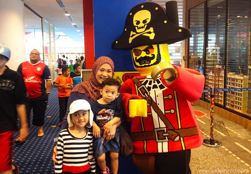 Saifulrizan_Legoland_Pirate