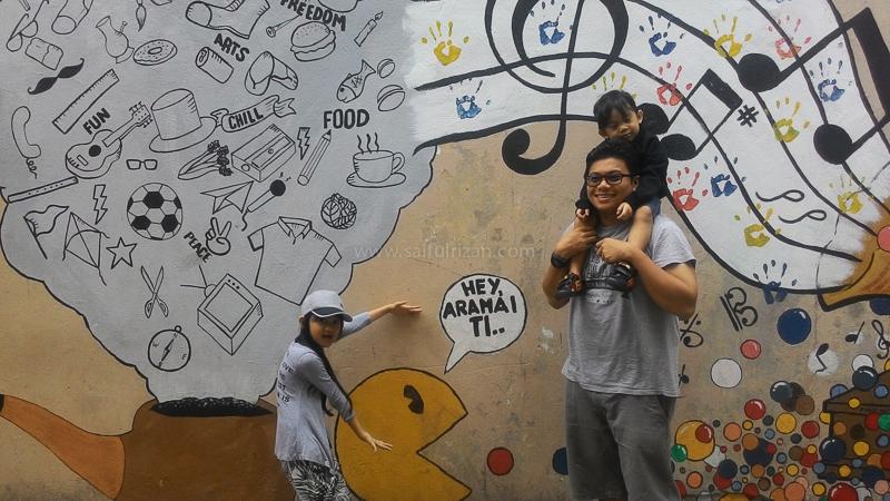 Murals in Kundasang town